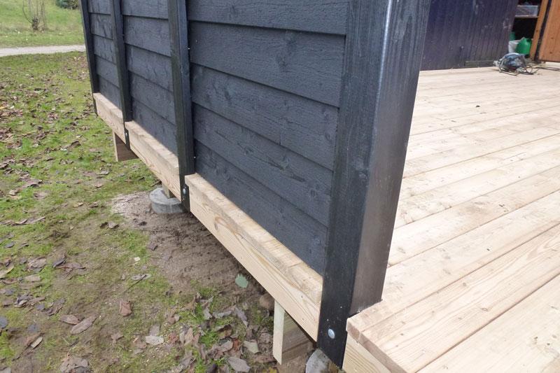 Terrasse med sibirisk lærketræ   tømrer fra faaborg, fyn