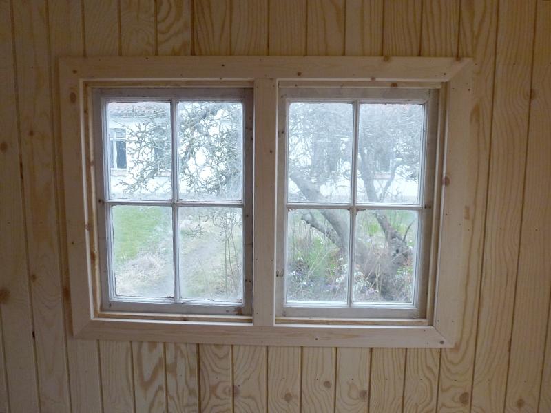Gamle vinduer bliver lavet til nye, med ny karm, ny stabelhængsler og anverfer