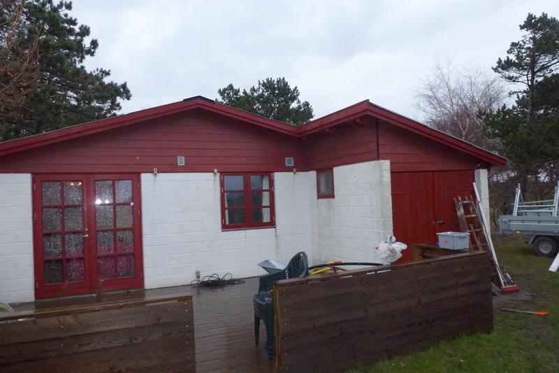 Gavl og trimpel på udhus færdigmonteret samt nye vindskeder