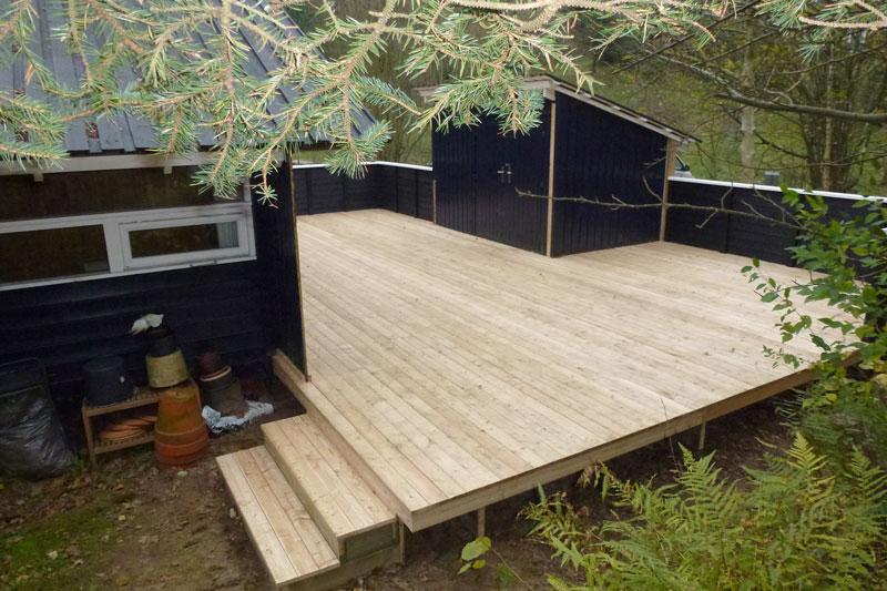 Fremragende Terrasse med Sibirisk lærketræ - Tømrer fra Faaborg, Fyn BM96