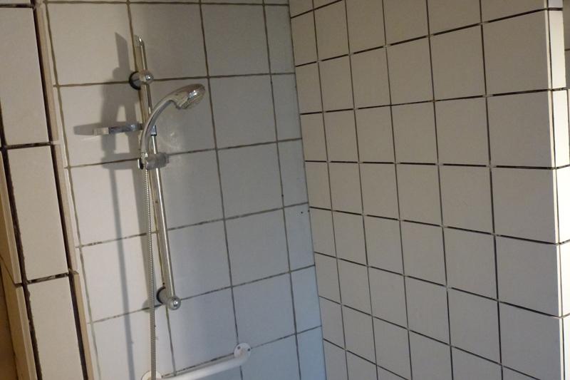 Vægfliser i brusekabine